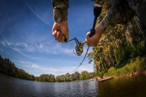 How to Cast a Spinning Reel in 8 Easy Steps